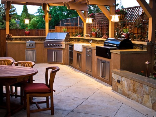 Beautiful Outdoor Kitchen Design